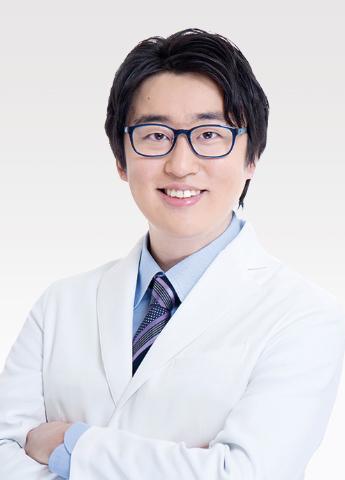 Bác sỹ TOMIYAMA MASAYUKI